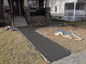 Coloured broom sidewalk with borderlines